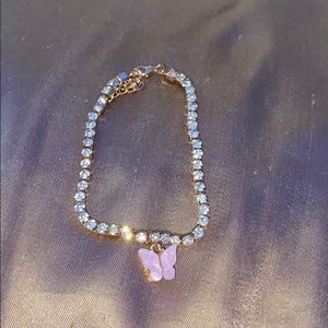 Light pink butterfly rhinestone anklet